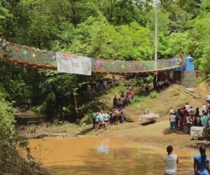 Fighting to Build Bridges in Honduras