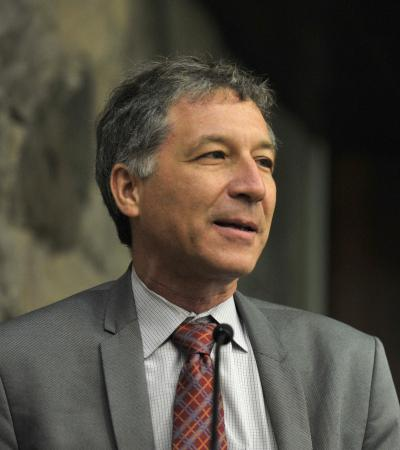 Alberto Díaz-Cayeros