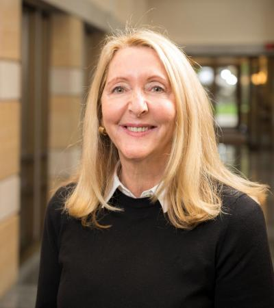 Kellogg Institute Advisory Board member Lindy Reilly